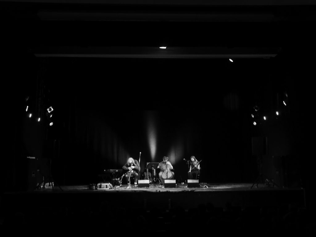 iain-morrison-trio-by-renata-bw